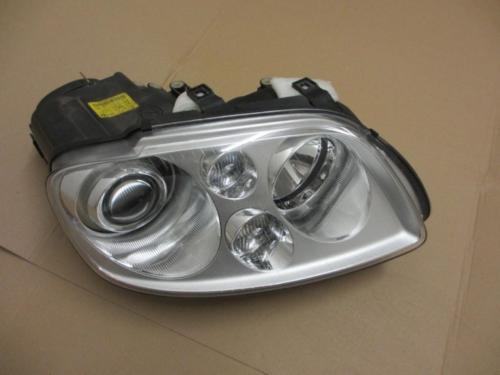 Touran Xenonscheinwerfer Beifahrerseite 1T0941032D