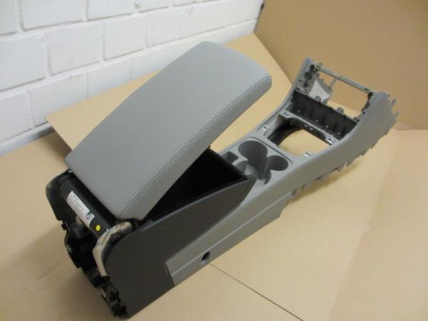 Mittelarmlehne VW Passat 3C Leder grau mit Kühlfunktion (09)