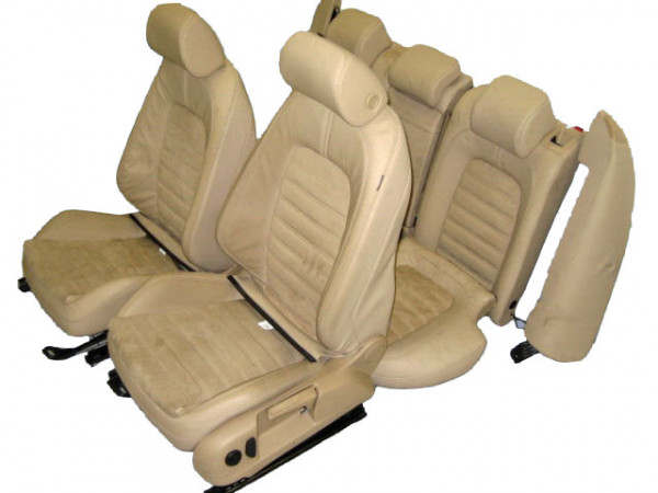 Passat 3C Limousine Leder Alcantara Sportausstattung purebeige