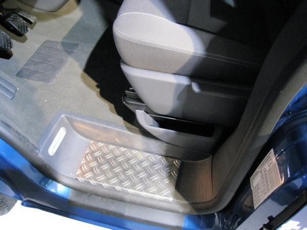 Alu Riffel Trittbretter/ Einstiegsleisten für VW T5/ T6/ T6.1 Multivan 4-teilig #10143
