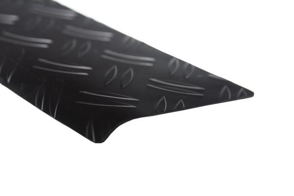 Ladekantenschutz Alu Riffel schwarz eloxiert mit Abkantung für VW T5/ Multivan Caravelle #10022-BK