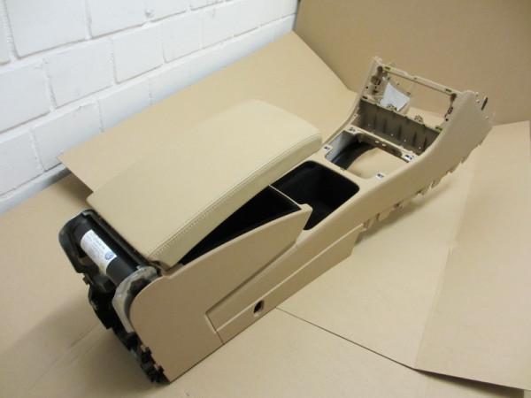 Mittelarmlehne VW Passat 3C Leder Purebeige mit Kühlfunktion (14)